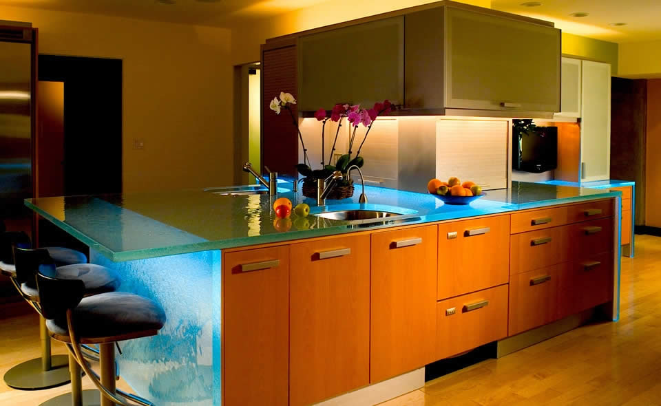 Stunning Custom Glass Kitchen Eating Bar